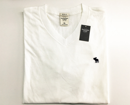 Abercrombie&Fitch 纯白 V领男T恤 (XL码) ... ...