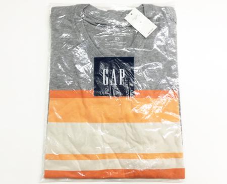 GAP男V领T恤 XS码