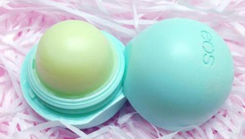 【晒55奖品】也许你与北美潮流只差一个EOS润唇膏!