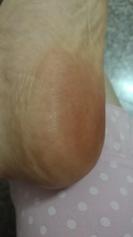 【5月金币兑换晒礼】小蜜蜂椰子油护足霜