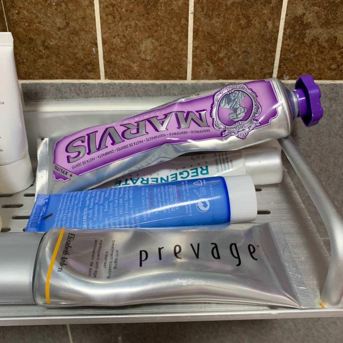 #我家梳妆台#浴室里的洗护用品 🍇最近宅在家办公,家里的简