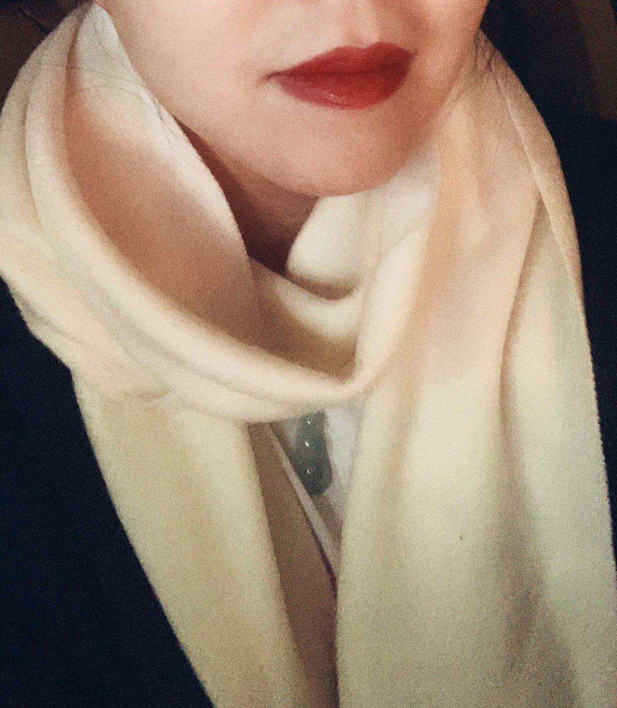 唇釉试色:阿玛尼415 唇釉 💄    阿玛尼红管唇釉 色