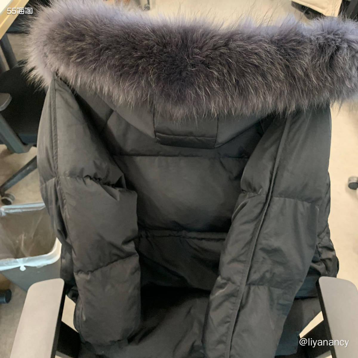 大毛领羽绒服  ✨这款羽绒服是我今年双十一新买的,中长款的刚