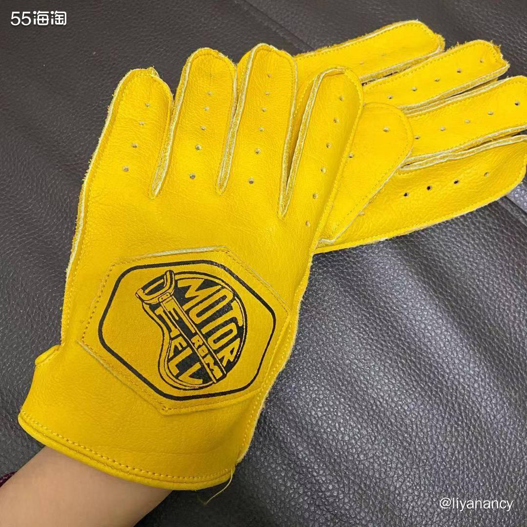 黄色机车手套  ✨这款手套也是买的很造作的一款手套了,最吸引
