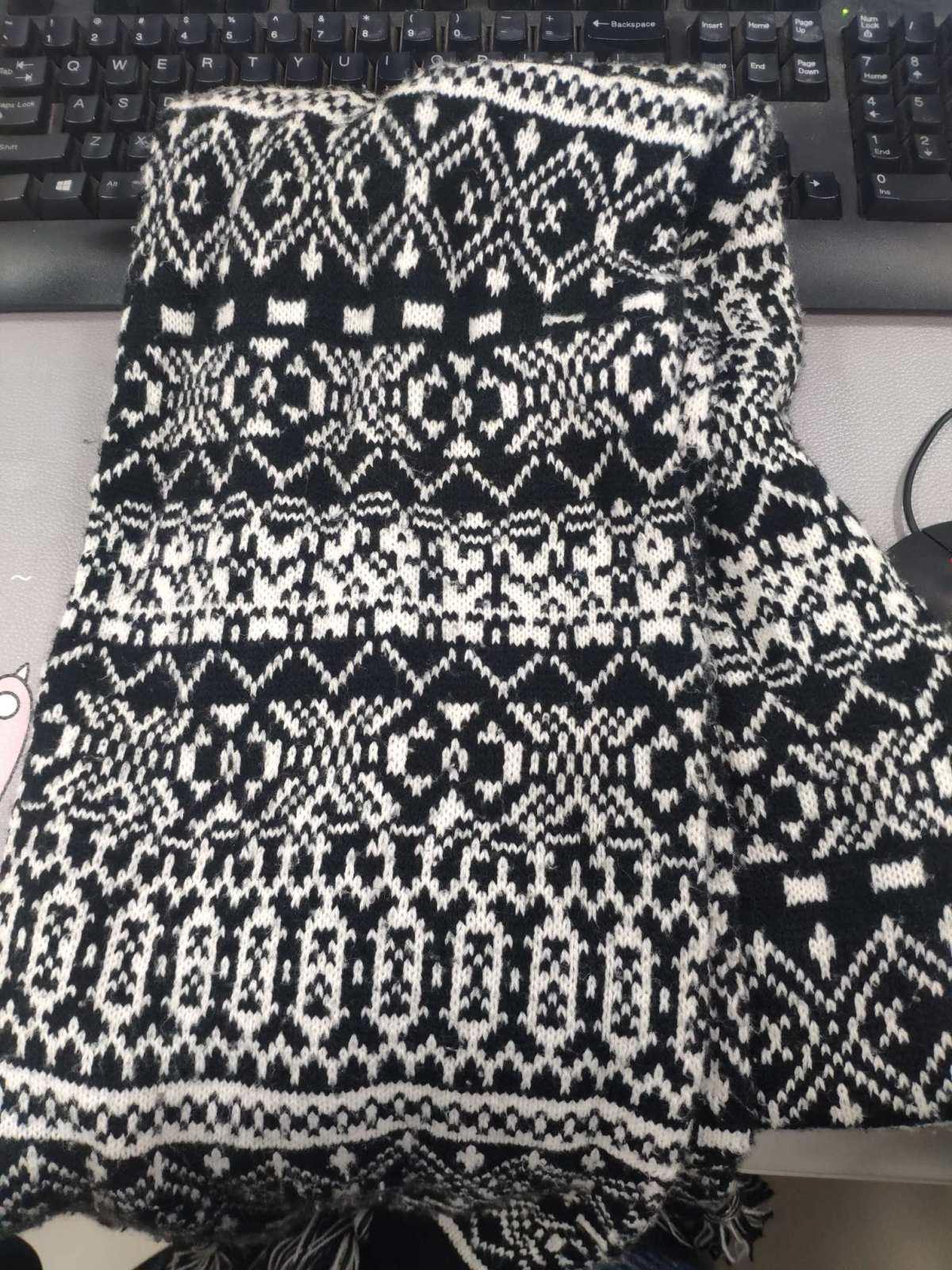 🔥冬季保暖神器🔥围巾  ⭕寒冷的冬季肯定少不了围巾🧣了