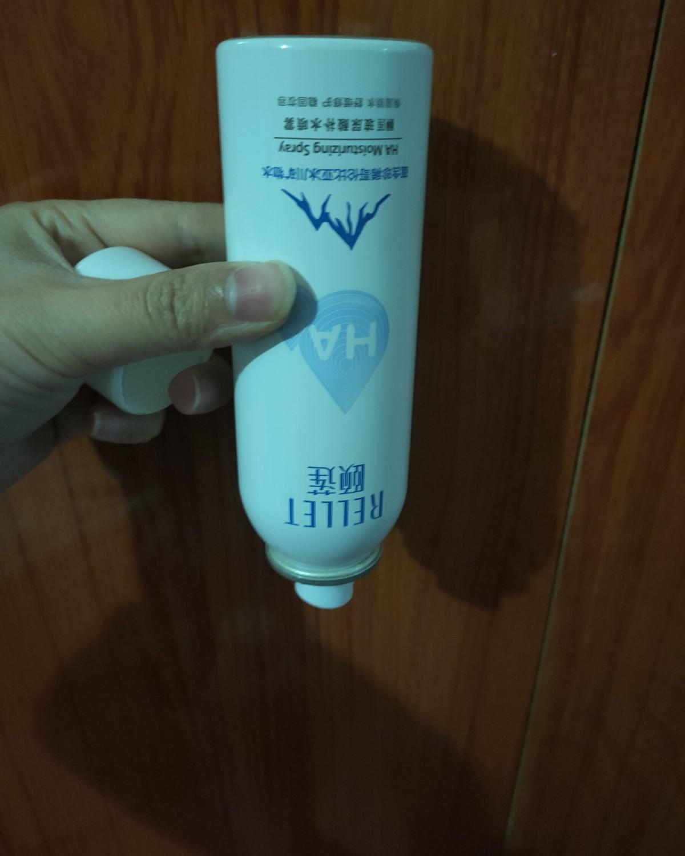 颐莲补水喷雾,开封了第二瓶,小的空瓶了,肤质夏季混油秋冬干,