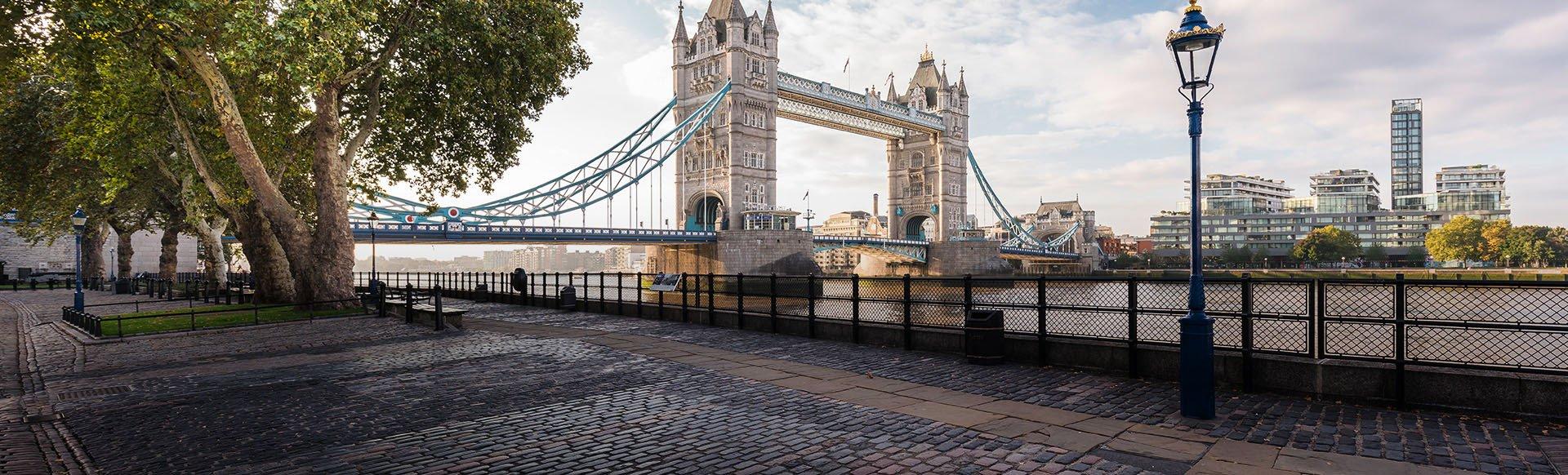 British Airways Roundtrip Nonstop Flight: Los Angeles to London, England