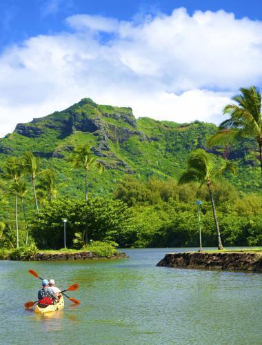 Roundtrip Nonstop Flight: Los Angeles to/from Hawaii (Kauai, Maui, Kona, & More)