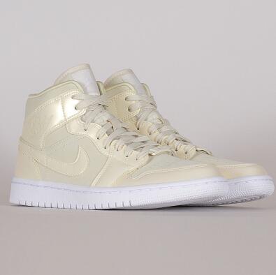 Air Jordan 1 Mid MID SE女士鞋