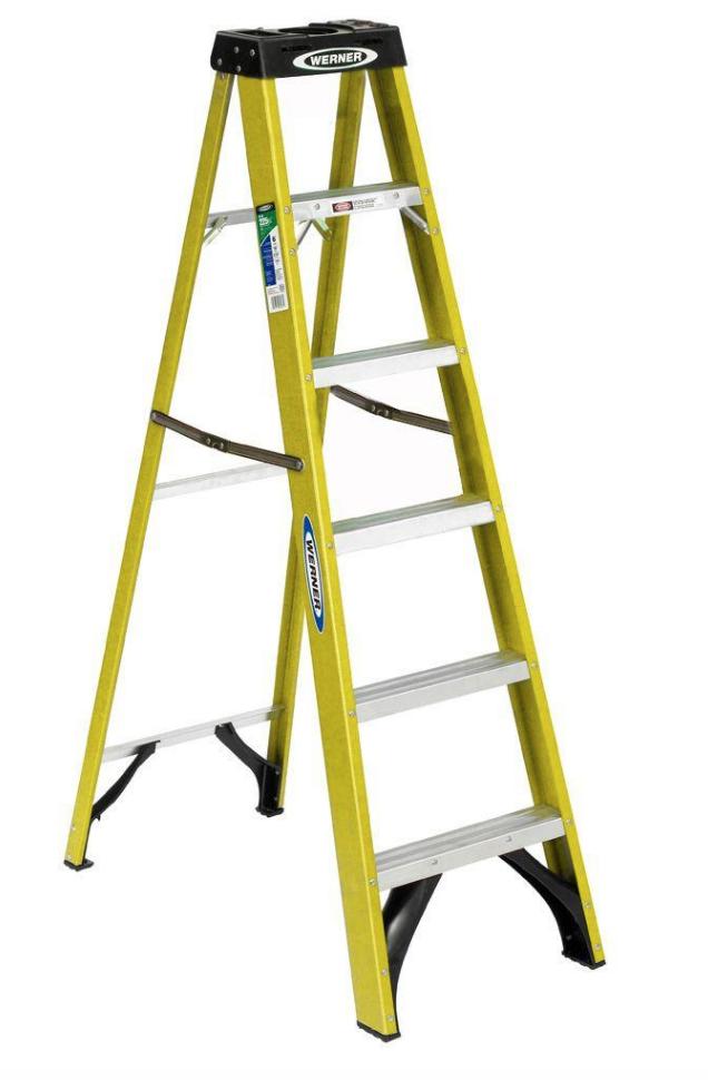 Werner 6' Fiberglass Step Ladder Type II Duty Rating (225lb Capacity)