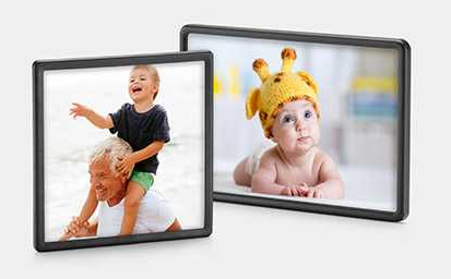 "Walgreens Custom Framed Photo Magnet (4""x4"" or 4""x6"")"