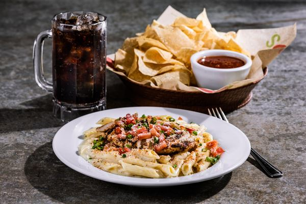 Chili's Select 3-Piece Meal (Beverage, Appetizer & Entree)