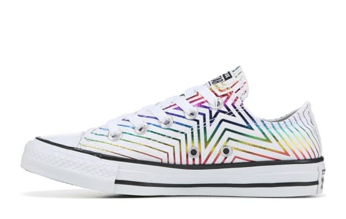 Converse Women's Chuck Taylor All Star Low Top Sneaker (white/multi star print)