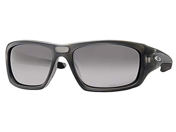 Oakley Men's Valve Polarized Sunglasses (Matte Grey Smoke/Black Iridium)