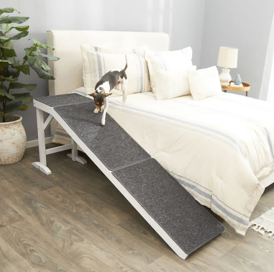 Frisco Deluxe Wood Carpeted Pet Ramp
