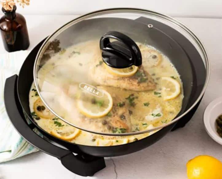 """Small Kitchen Appliances: Black & Decker Blender, Bella 12"""" Round Skillet"""