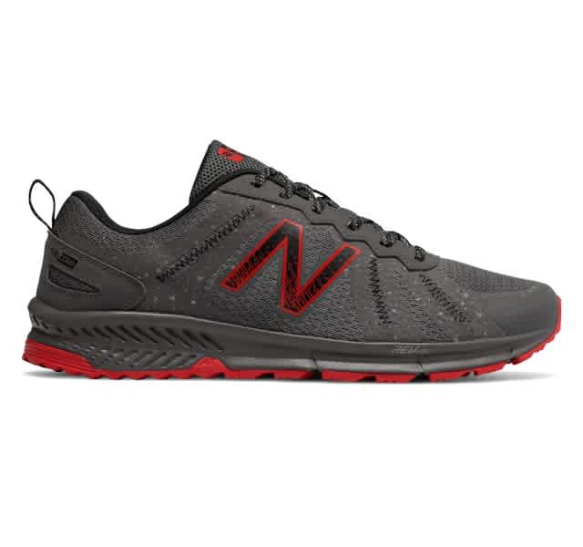 New Balance Men's 590v4 Trail Shoes