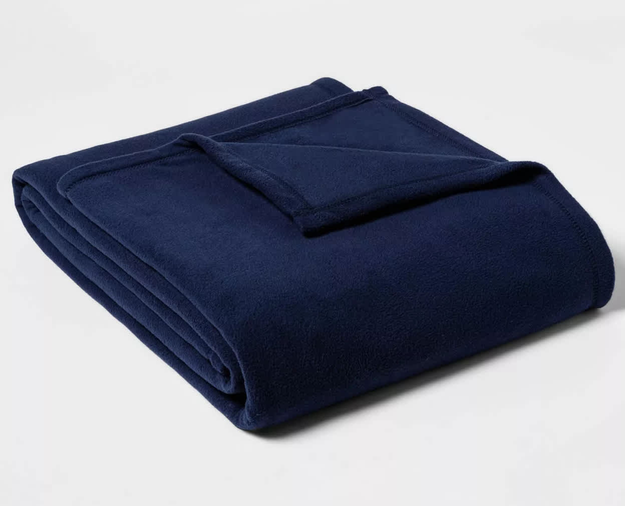 Room Essentials Solid Fleece Bed Blanket