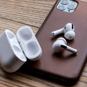 Apple AirPods Pro 无线耳机